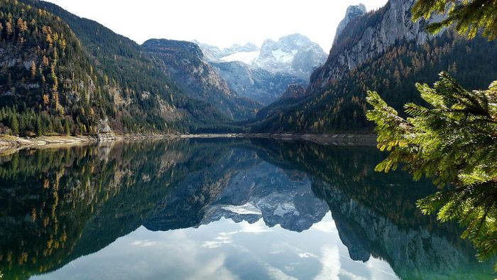 Удивительное отражение в чистейших озерах (18 Фото)