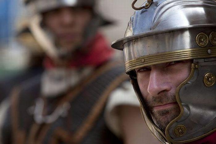 В Лондоне прошли гладиаторские бои (11 фото)