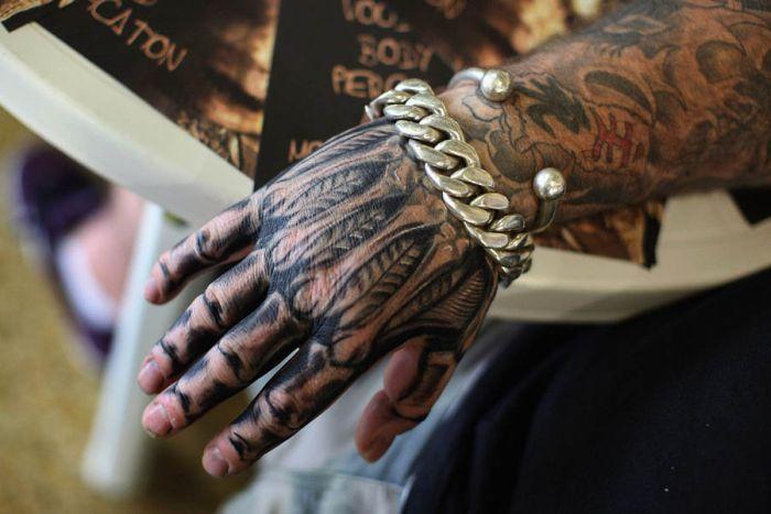 Съезд любителей тату в Великобритании (14 фото)