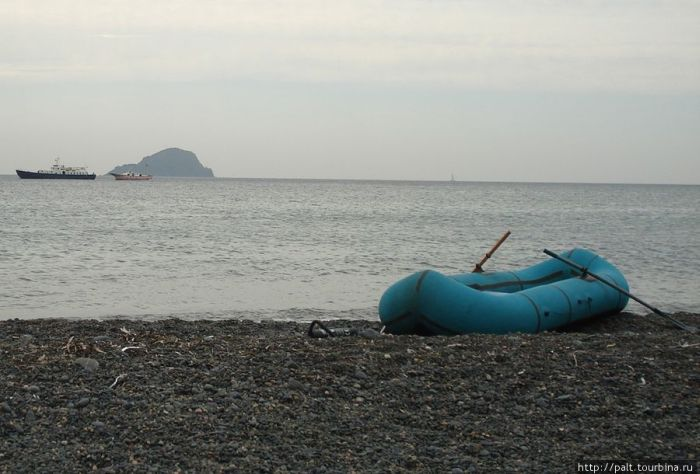 Необитаемый остров (12 фото)