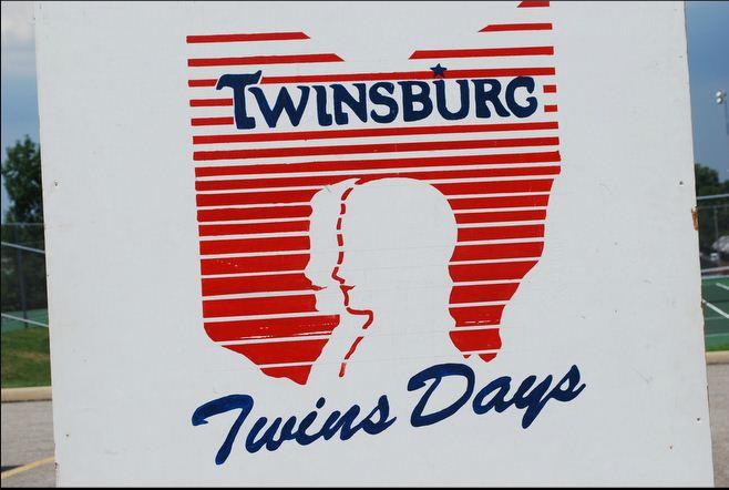 Фестиваль близнецов в Твинсбурге (11 Фото)