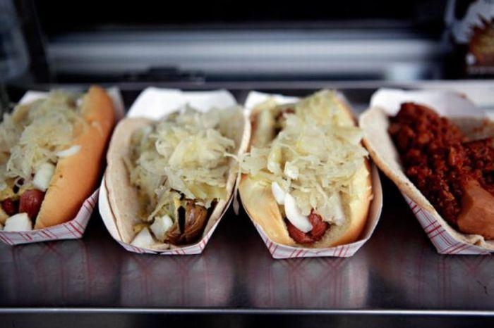 Нью-йоркские хот-доги (23 фото)
