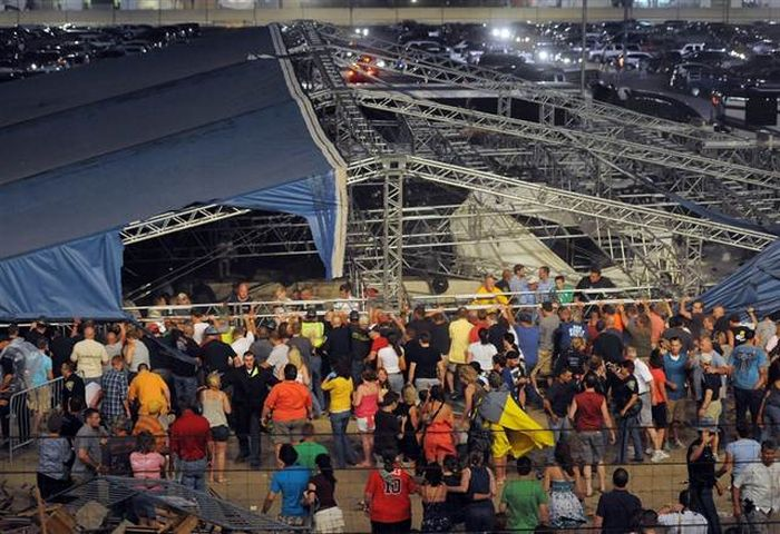 Обрушение конструкции в Индианаполисе (5 фото + видео)