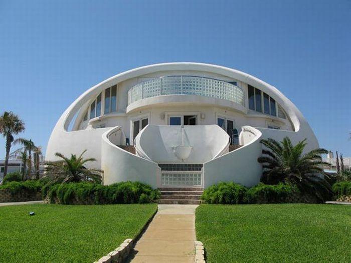 Удивительные дома (120 фото)