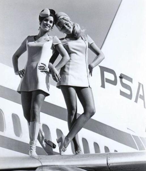 Девушки и авиация (43 фото)