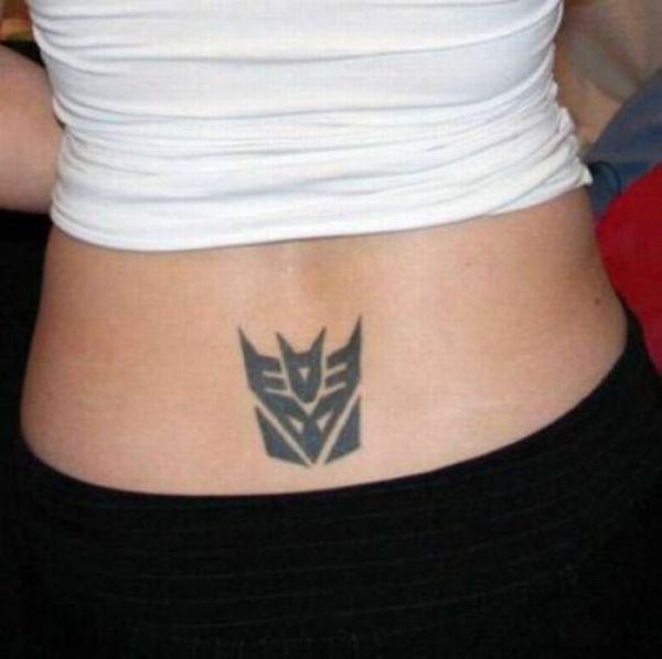 Татуировки на пояснице (20 фото)