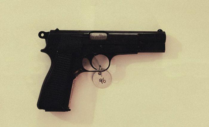 Орудия преступления (29 фото)