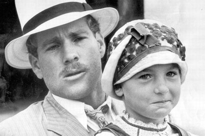 Знаменитые родители и их дети. Часть 2 (24 фото)