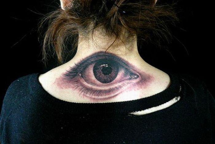 Татуировки и глаза (28 фото)