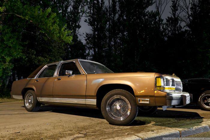 Слет любителей американских автомобилей (25 фото)