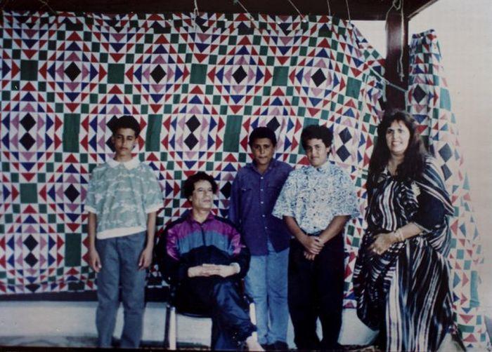 Семейный альбом полковника Каддафи (17 фото)