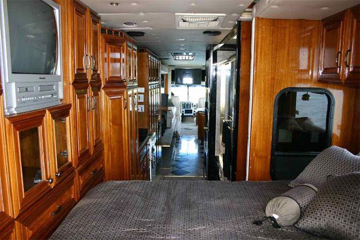 Автобус-амфибия (5 фото)