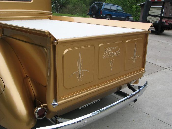 Тюнингованные фургоны и прицепы (21 фото)