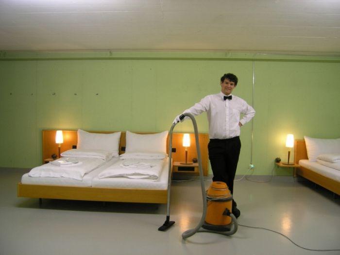 """Швейцарский отель """"0 звезд"""" (7 фото)"""
