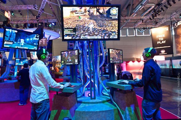 Выставка Gamescom 2011 (54 фото)