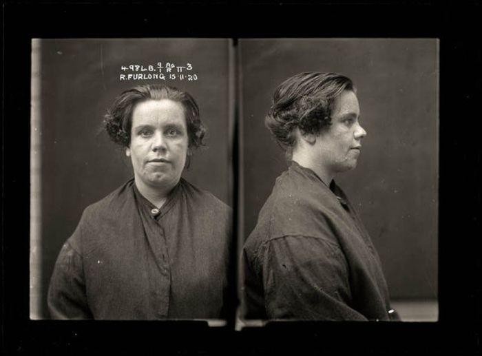 Женщины-преступники из прошлого (34 фото)