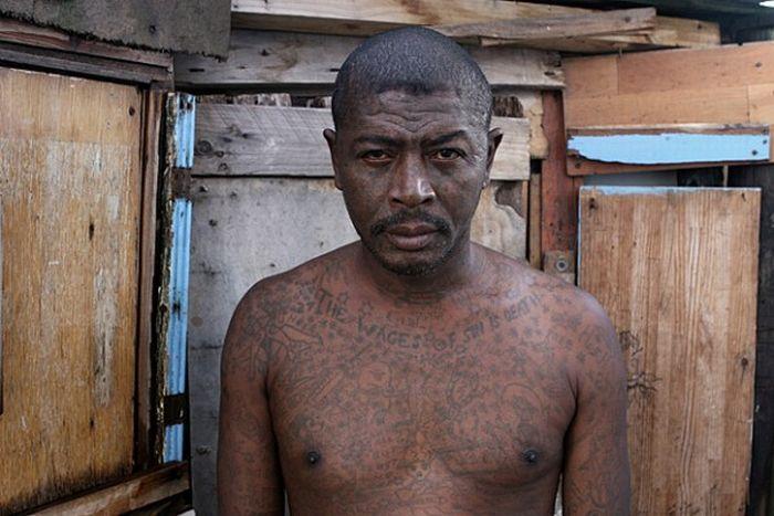 Члены южно-африканских банд (14 фото)