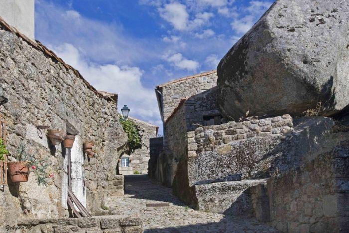 Деревня Монсанто (11 фото)