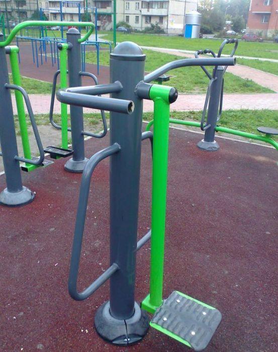 Классная детская площадка (12 фото)