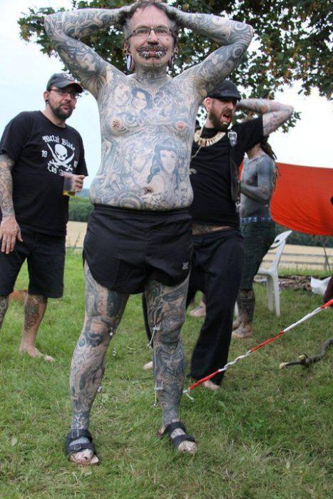 Страшная модификация тела (19 фото)