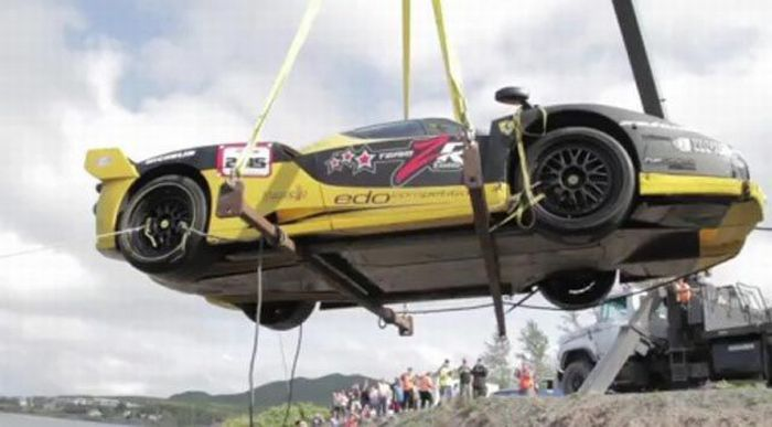 Авария стоимостью в 1,5 млн долларов (16 фото + видео)