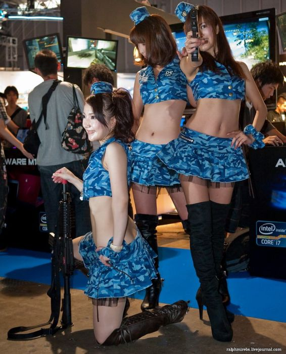 Косплейщики с TGS 2011 (60 фото)