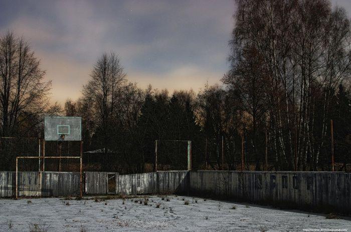 """Заброшенный пионерский лагерь """"Юбилейный"""" (26 фото)"""