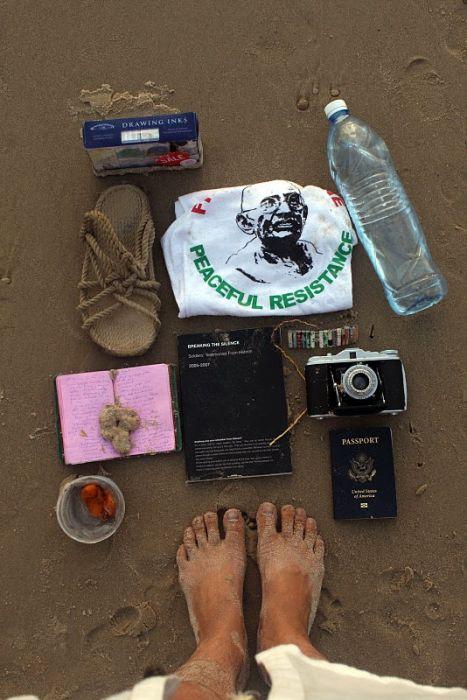 Вещи, которые люди спасают во время пожара. Часть 3 (20 фото)