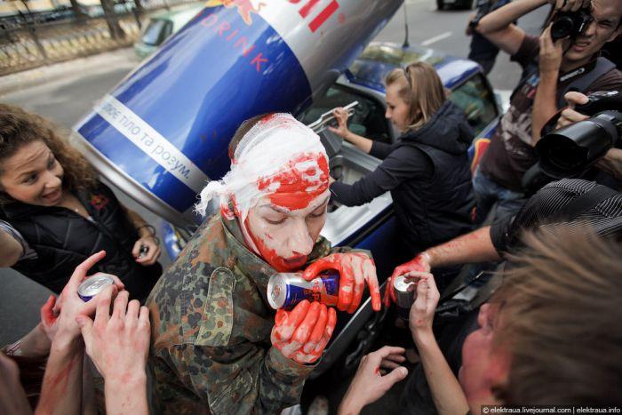 Парад в зомби в Киеве (37 фото)
