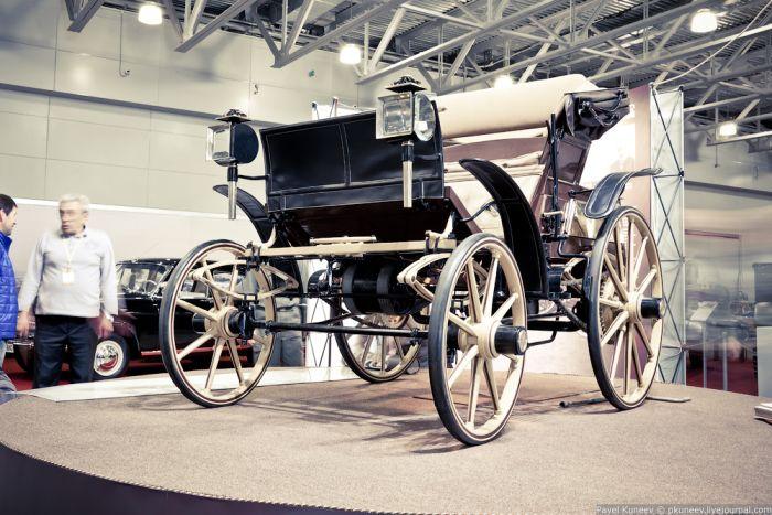 Выставка ретро автомобилей. Часть 2 (50 фото)