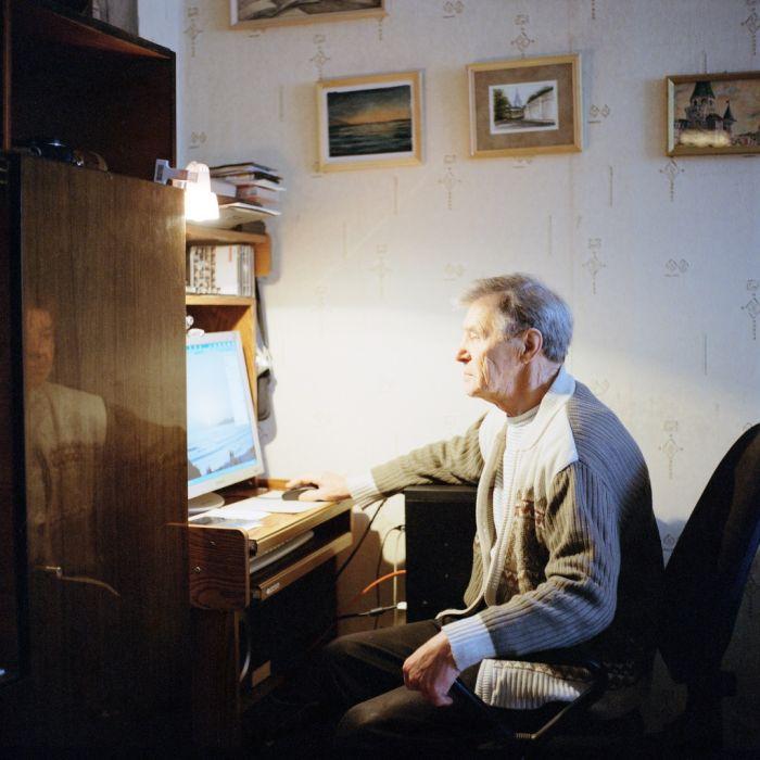 Пожилые люди об интернете (21 фото)
