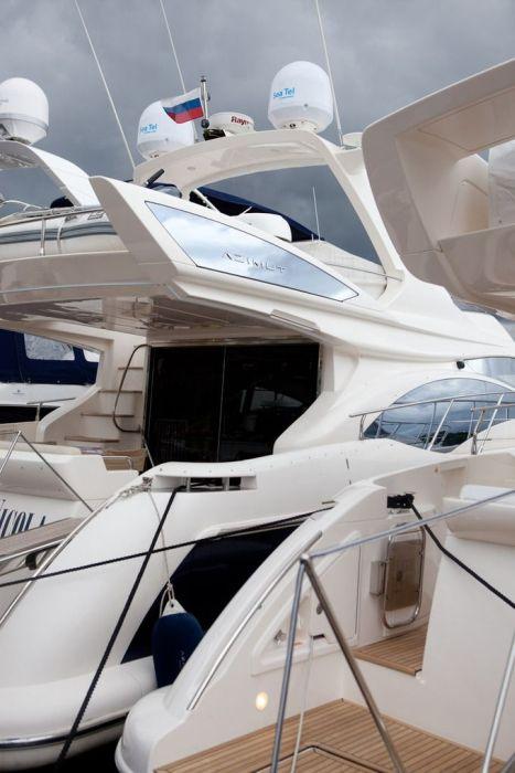 Выставка Millionaire Boat Show 2011 (50 фото)