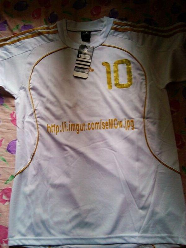 Печать на футболке (2 фото)