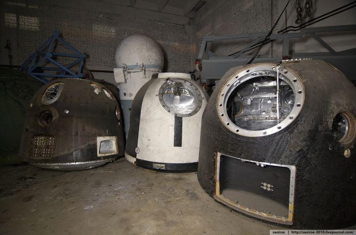 Забытые спускаемые аппараты (21 фото)