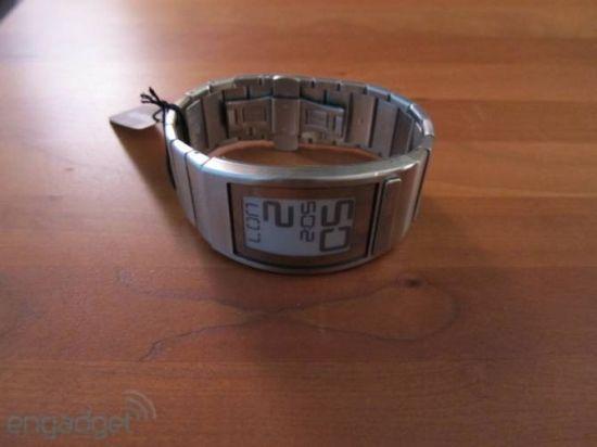 Обзор уникальных часов на электронных чернилах Phosphor Eink (25 фото + 2 видео)