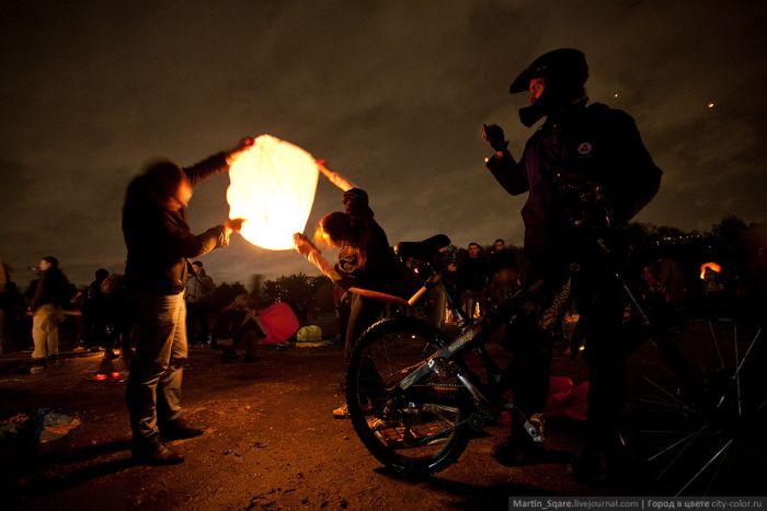 Запуск фонариков прошел неудачно (16 фото)