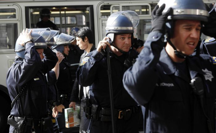 Протесты (51 фото)