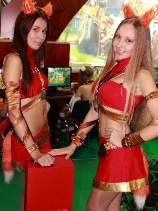 Сексуальный девушки с игромир 2011