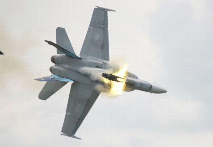 Авиакатастрофа в Канаде (13 фото)