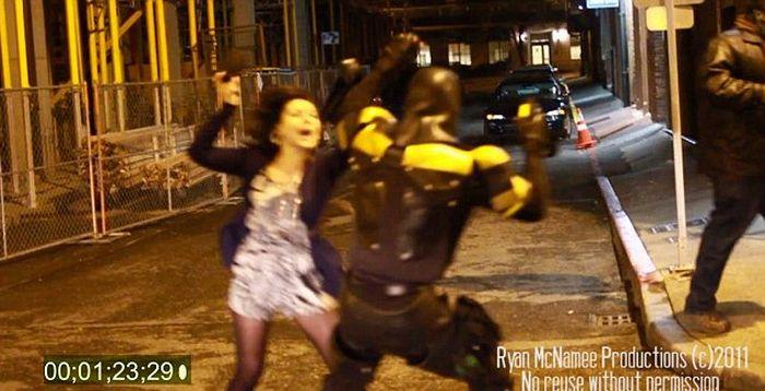 Супергерой из Феникса (8 фото)