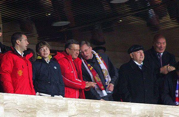 Сын президента России Дмитрия Медведева (3 фото + 2 видео)