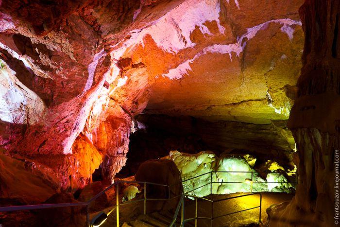 Удивительная мраморная пещера в Симферополе (36 фото)