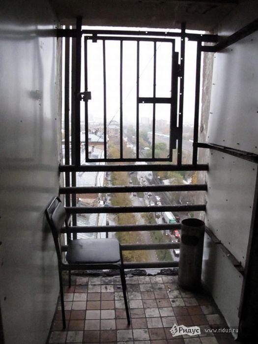 Антисанитарное общежитие МГУ (11 фото)