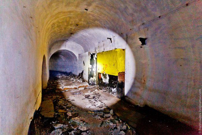 Брошенный склад ядерного оружия (22 фото)