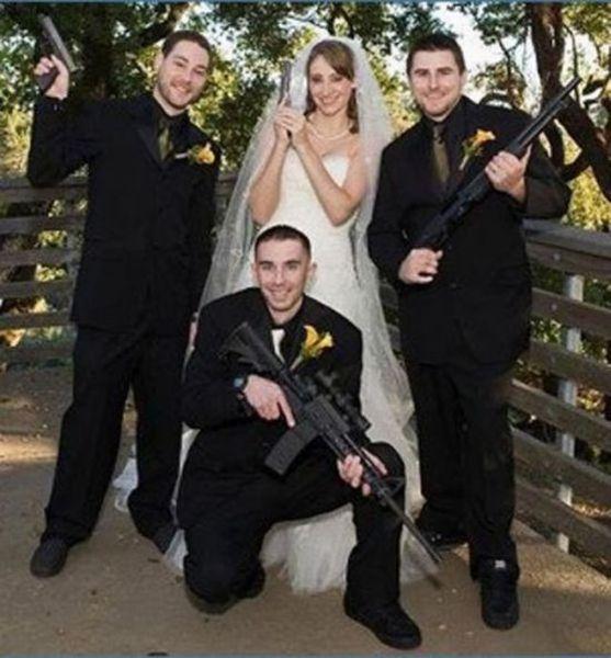 А вы сами не устраивали свадьбу в подобном стиле? ))) Хорошего...