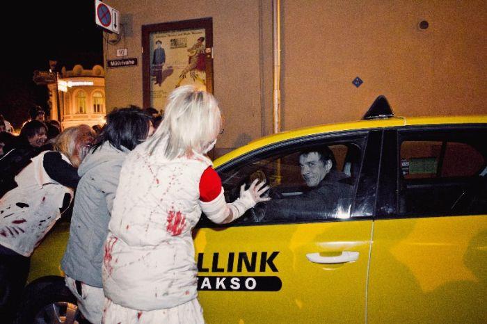 Парад зомби в Таллине (62 фото)
