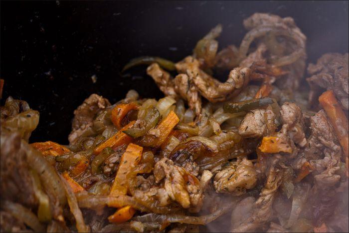 Блюдо татарской кухни - азу (10 фото)