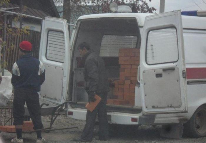 """Скорая неотложная """"строительная помощь"""" (5 фото)"""