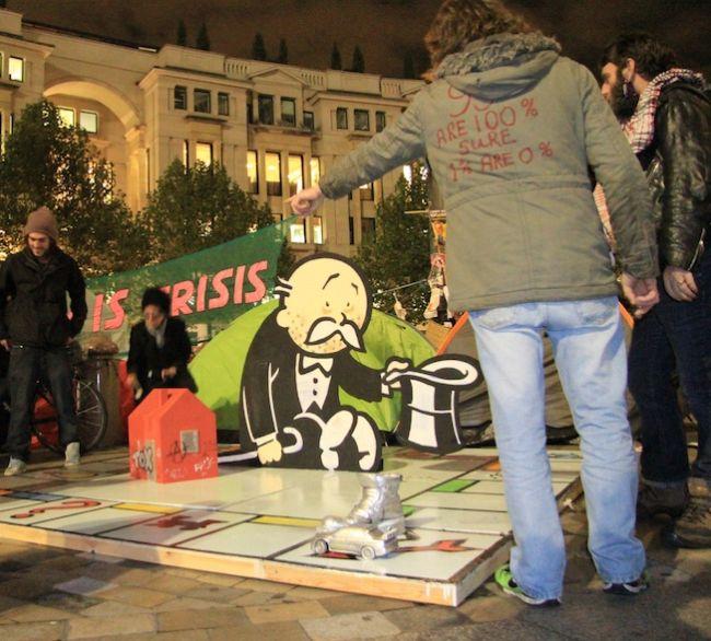 Инсталляция в Лондоне от Banksy (4 фото)