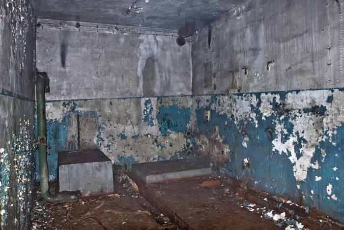 Забытая авиабаза Быхов (34 фото)